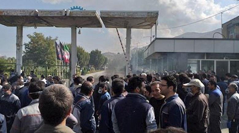 قیام مردم و جوانان شورشگر در لبنان علیه دستگاه فاسد حکومتی و حزب الشیطان