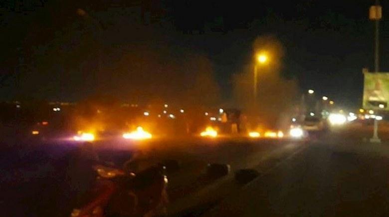 خروش مردم سنندج در خاکسپاری جانباختگان سقوط هواپیما با موشک سپاه پاسداران